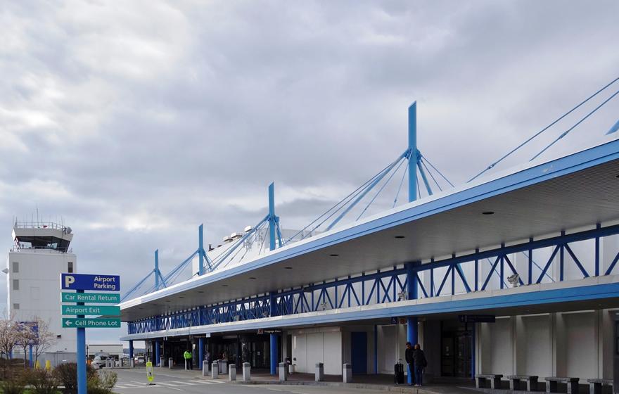 Portland International Airport (PDX)